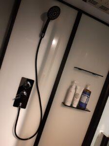 ソラグランピングリゾートのシャワールーム